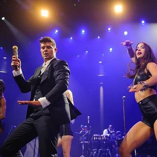 Twitter users hijacked a Q&A session with Robin Thicke to challenge him on his sexist lyrics