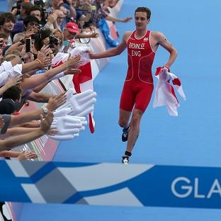 Alistair Brownlee will continue to do his running on the triathlon course rather than the track