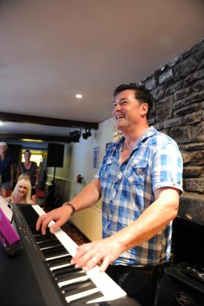 Itchen Valley Choral Society kicks
