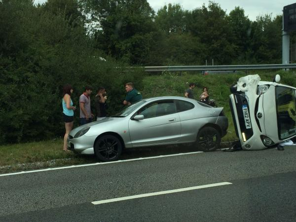 Winchester traffic brought to a standstill following motorway crash
