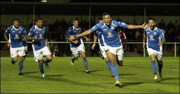 Ben Wright scores the injury time winner. Picture courtesy TSW Photography