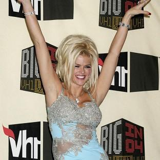 Model Anna Nicole Smith died in 2007