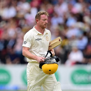 Paul Collingwood has signed a one-year contract extension with Durham