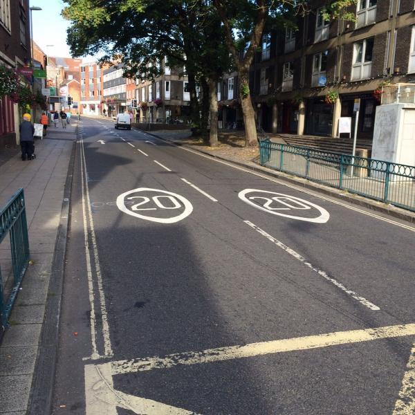 20mph road markings in Winchester city centre