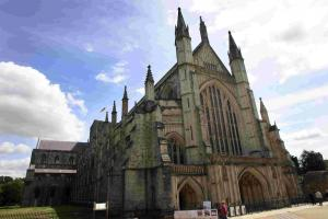 Cathedral service to celebrate university's 175th anniversary