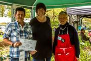 Fernlea Nursery (left) receiving their certificate for best presented plant stall with Pip Bensley of Hilliers and Joan Ferrer (right)