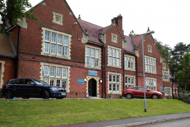 Anger over 'unsafe' Symonds art centre plan