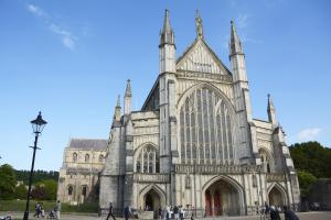 The Community Star Award will be awarded at Winchester Cathedral in October during the university's graduation ceremonies.