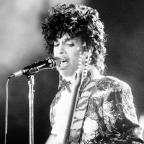 Hampshire Chronicle: A 'signature piece' from Prince's wardrobe is going under the hammer