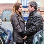 Hampshire Chronicle: Alison King exits Corrie after a dramatic decade as Carla Connor