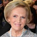 Hampshire Chronicle: Mary Berry gets her gardening gloves on for the Chelsea Flower Show