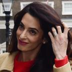 Hampshire Chronicle: Amal Clooney stunned in a gorgeous red dress as she gave a speech in London
