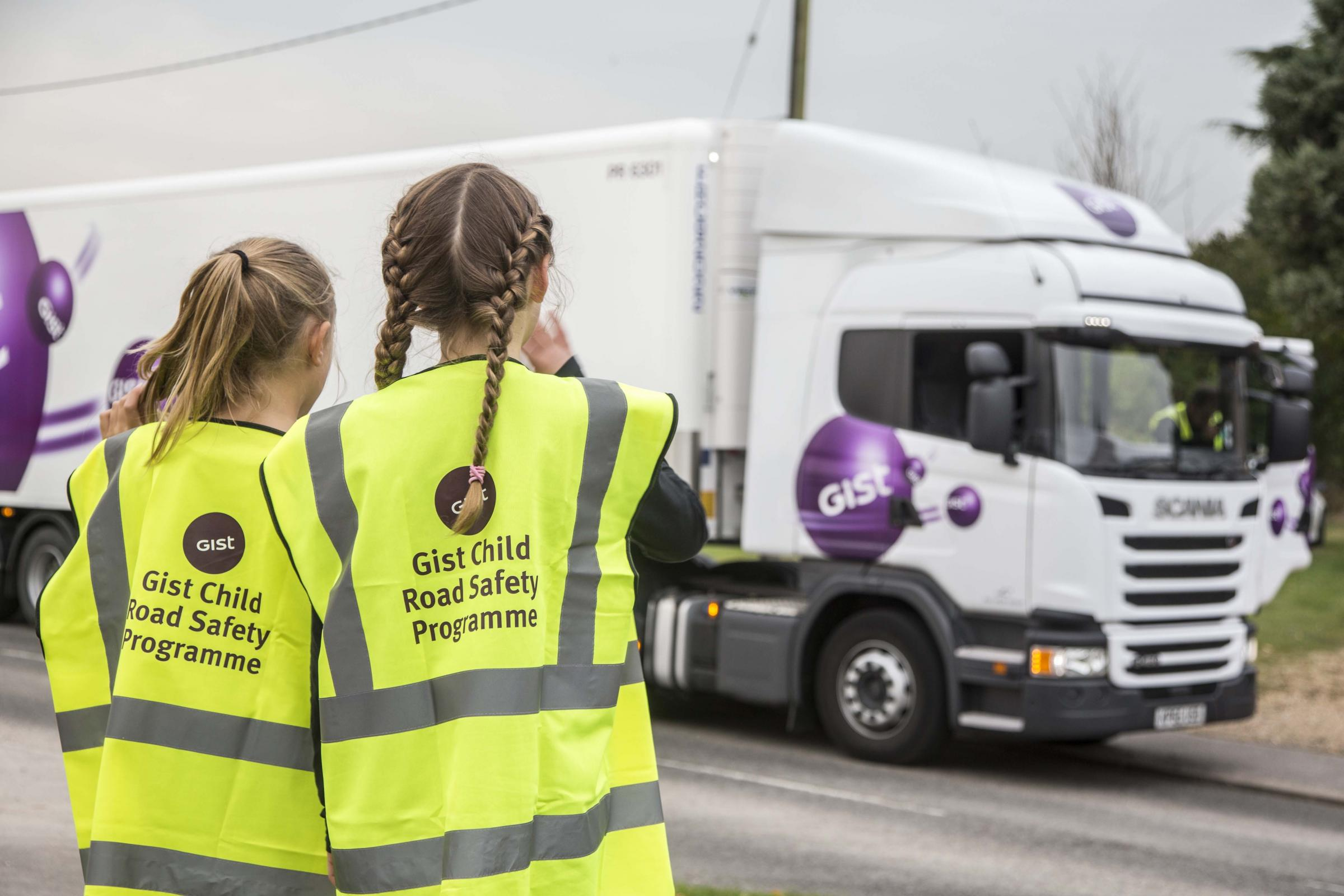Children learn about road saftey with Gist, picture by Craig Pusey