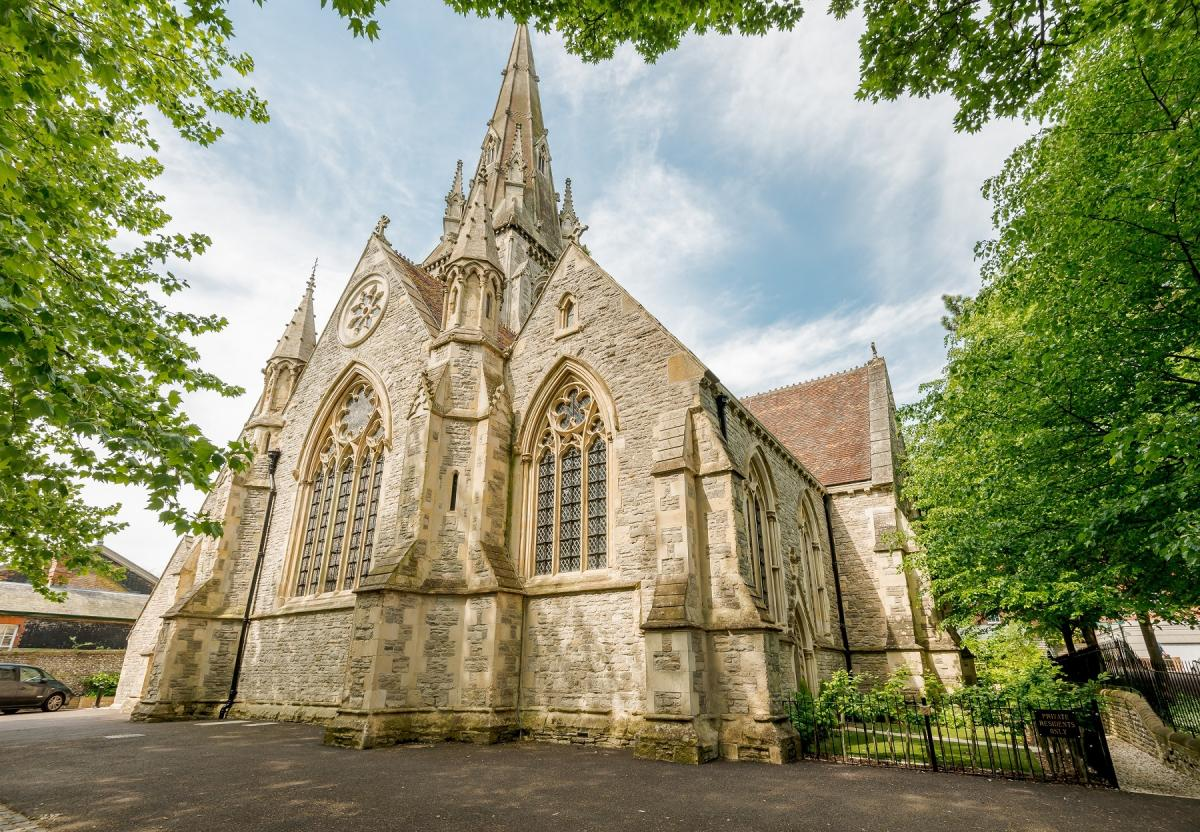 Award win for St Thomas Church after luxury homes conversion ...