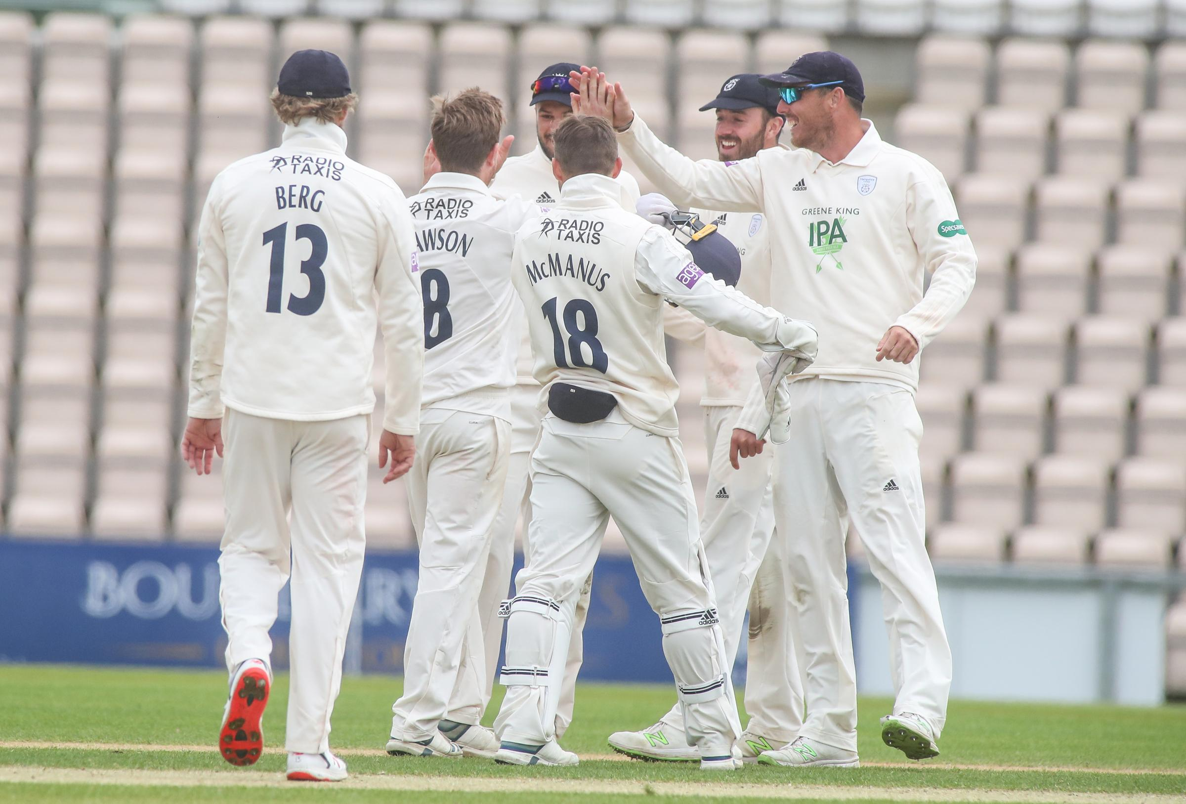 Hants celebrate Liam Dawson's dismissal of Tom Kohler-Cadmore (Photo by Stuart Martin)
